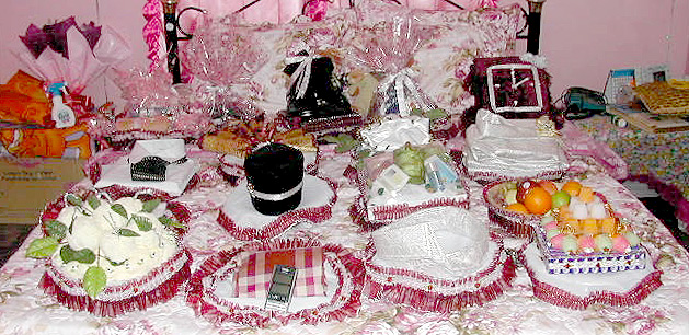 Ideas For Wrapping Indian Wedding Gifts Gift Ideas